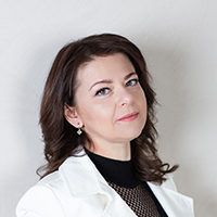 Викладач Ірина Мельниченко - обличчя.