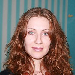Викладач Марія Башлик - обличчя.